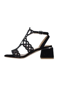 V21289 With heel