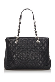 Caviar Grand Shopping Tote Leather
