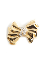 Bow brooche