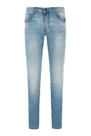 Movimento JOHN Jeans