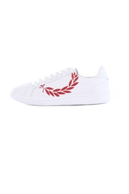 FRED PERRY B4231 Trainers Men WHITE RED