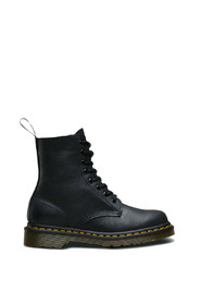 Pascal boots