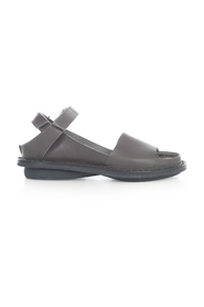 FLAT SANDAL With STRAP ON ANKLE