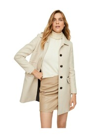 Pocketed wool coat