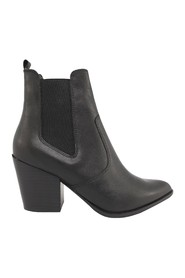 Patricia leather heeled boots