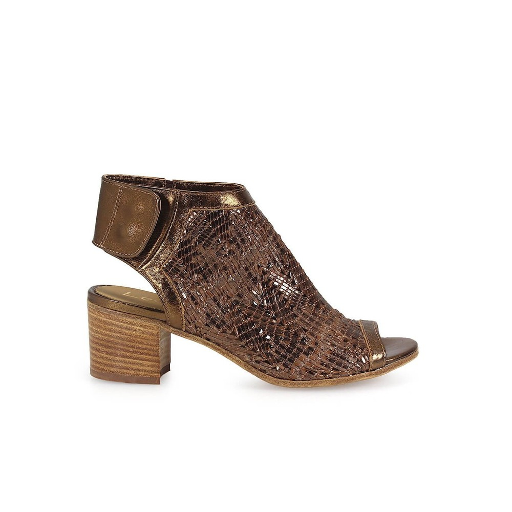 BRONZE LAMINATED MEDIUM -HEELED SANDAL