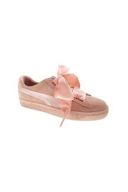Rosa Puma Suede Heart  Sneakers, BN 538