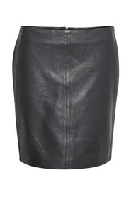 10702837 THE LEATHER SKIRT