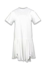 Kjole med asymmetrisk forneden