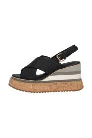 411m-808-10-p077 Sandals