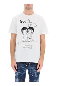 t-shirt con stampa love is