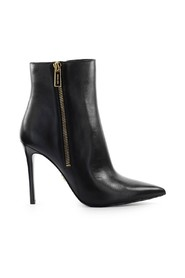 KEKE LEATHER ANKLE BOOT