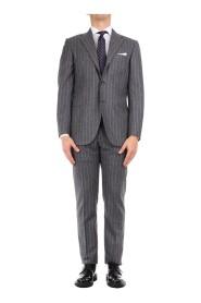 0252S08/2 Elegant Suit