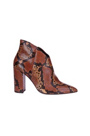 Ankle boots Snake print