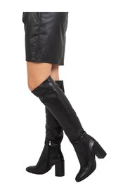 Boots with square toe