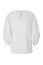 Linen Blouse with Puffed Sleeve
