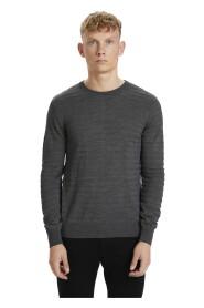 leon R o-neck knitwear