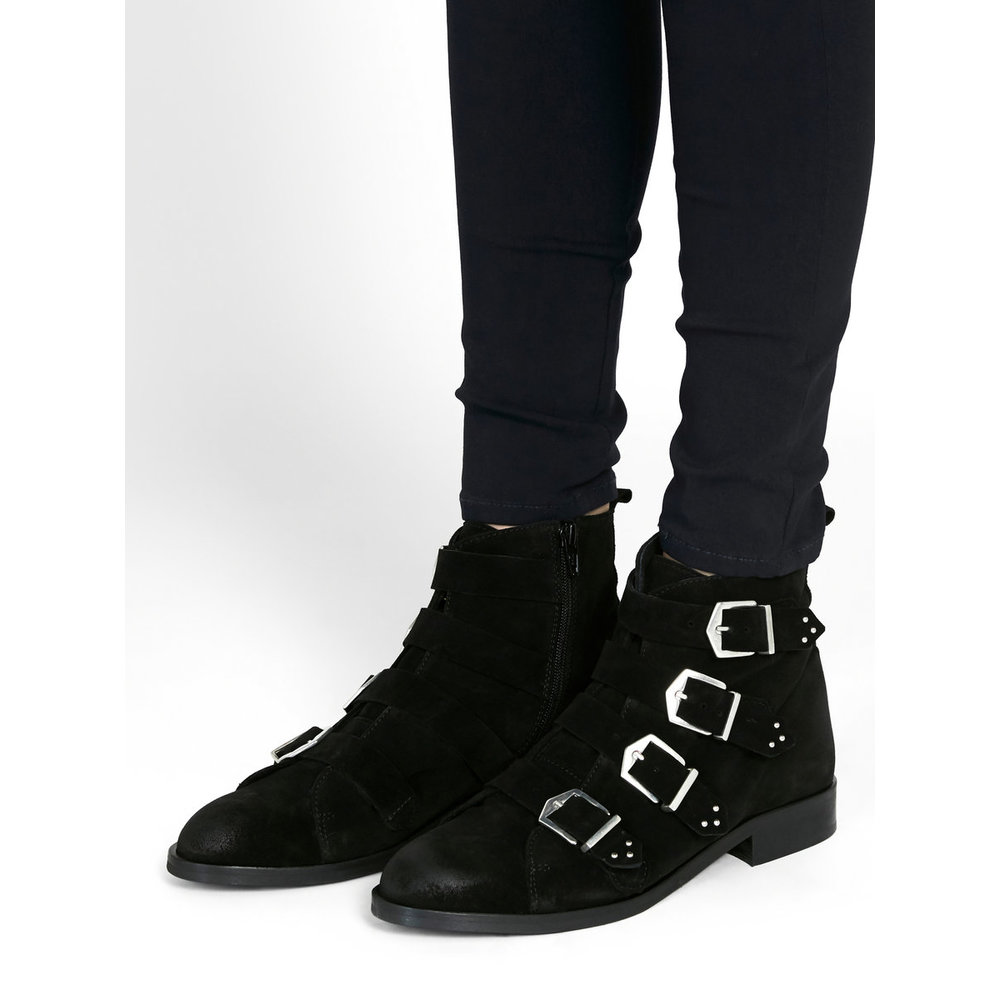 Boots Detailed suede