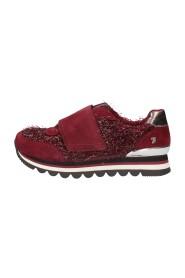 46534 Sneakers