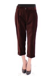 Pantaloni chino tagliati