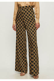 trousers with chain print