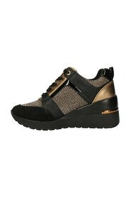 MH616535 Sneakers with wedge