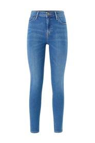 Scarlett High Skinny Jeans