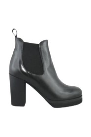 ELASTIC ANKLE BOOTS IN CALFSKIN, 9CM HEEL AND PLATEU