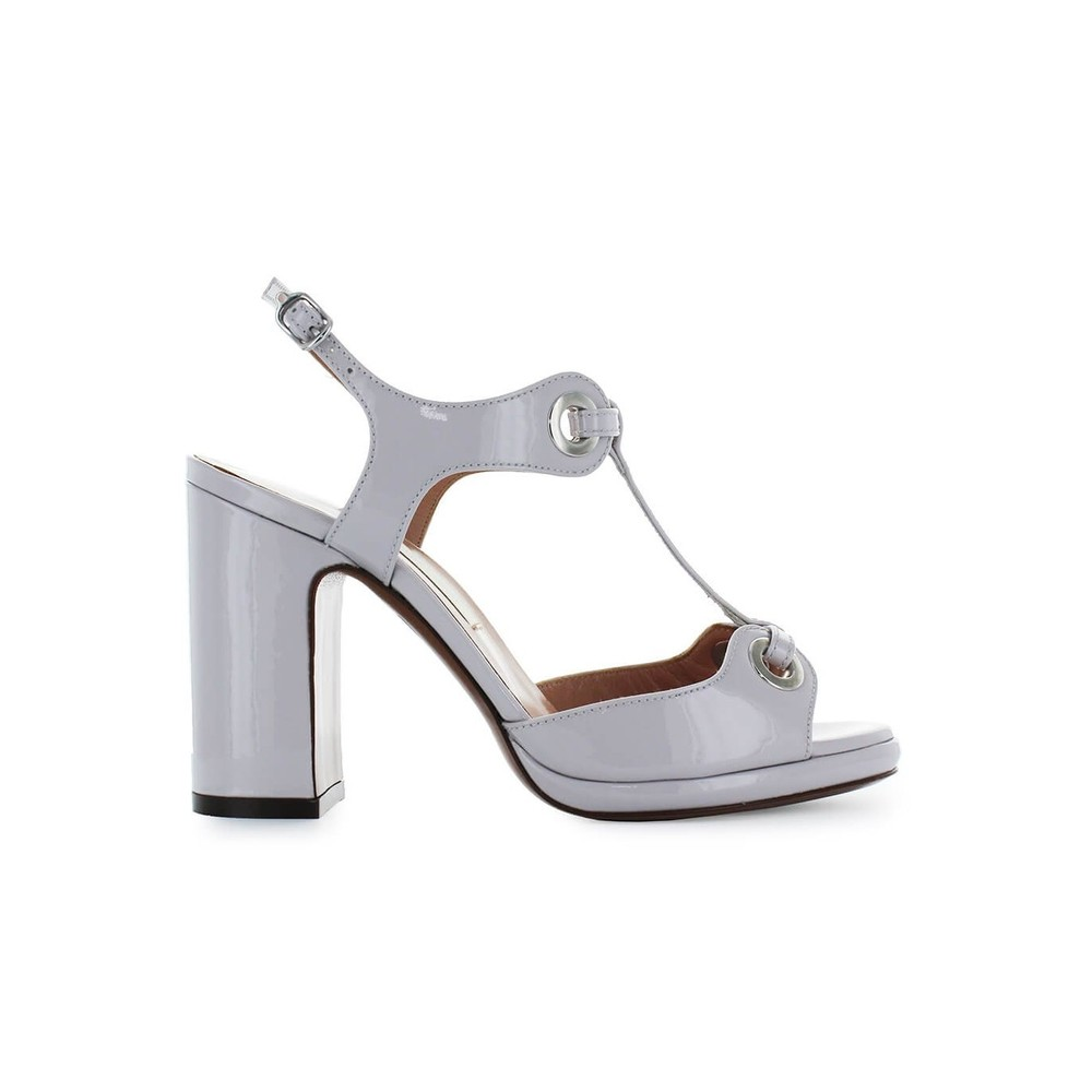 CHOSE LEATHER SANDAL