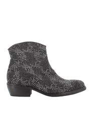 Boots ARW601A17