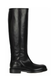 9831 Boots
