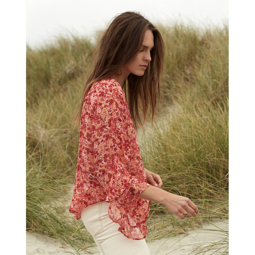 Rouge Frill Sleeve Bluse