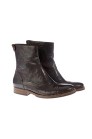 Back Zip leather boot with seams