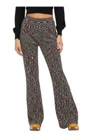 Pantalone con lavorazione fiammata