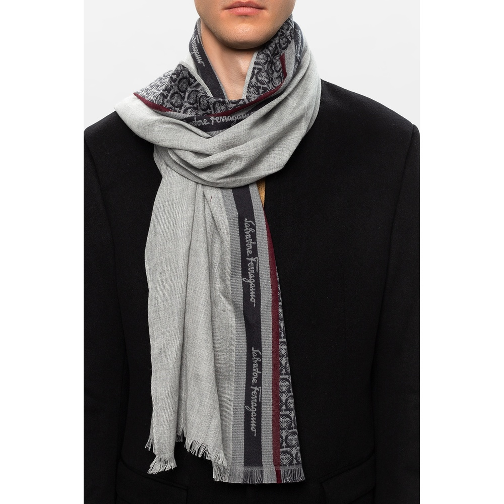 GREY Scarf with logo | Salvatore Ferragamo | Sjaals | Heren accessoires
