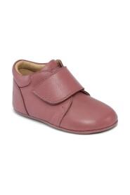 MED VELCRO shoes