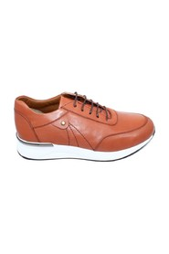 M: 1980 TAN LEATHER SNEAKER