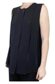 sleeveless pleated blouse