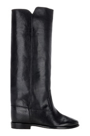 Chess built-in wedge boots