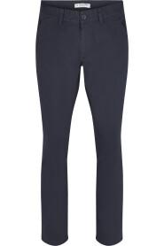 Adley Chino Bukse