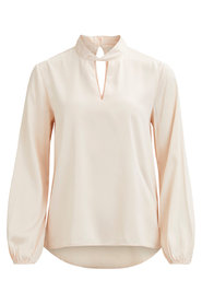 Long Sleeved Top Neckline detail