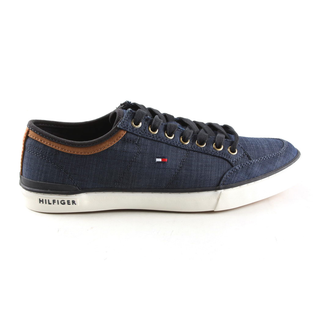 Core Material Mix Sneaker