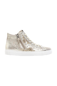 Stars Savana Sneakers
