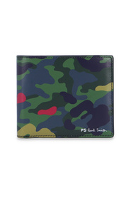 Bifold wallet with camo print