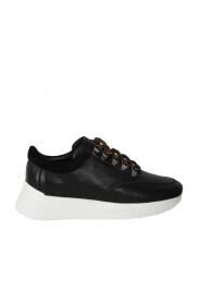 schoenen sneakers