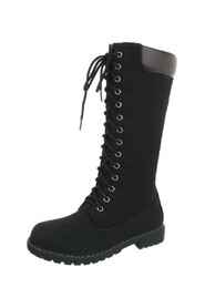 Boots with laces