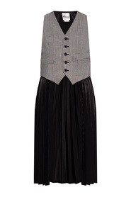 Vest with pleated panel