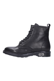 CLE103079 BOOT