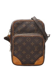 Monogram Amazone Canvas
