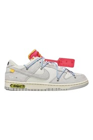 Dunk Low Off-White Sneakers